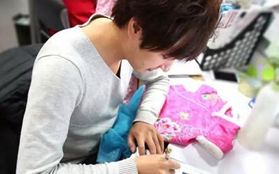 """中式童装加盟品牌汪小荷工艺师""""爆料"""",讲述汪小荷鲜为人知的那些人和事"""